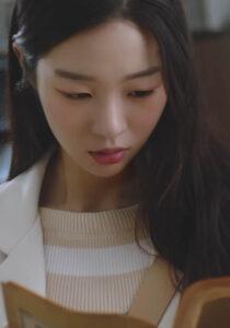 Yunseul<p>(Korea)